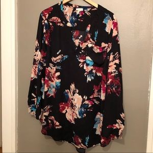 Ava & Viv bright abstract floral long sleeve tunic